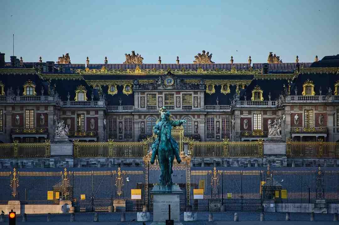 Trouver un Electricien  Versailles