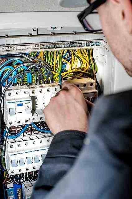 Pourquoi choisir un électricien?